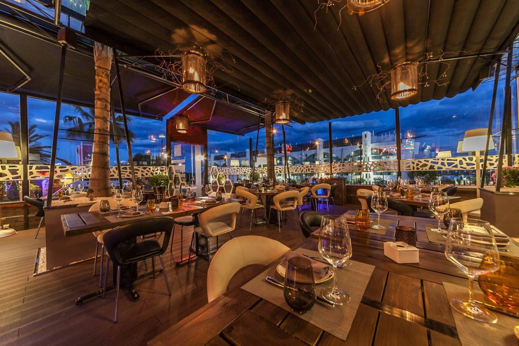 Cabana restaurant & cocktail bar - donde comer en Estepona - Darya Homes